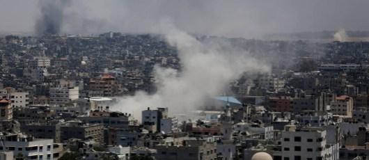 Smoke from Israeli attack on Gaza - July 2014