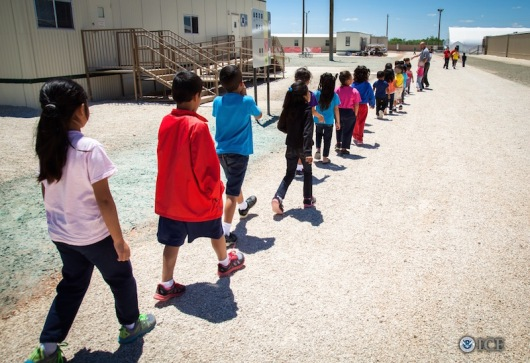 immigrant-children-at-dilley-detention-center-july-2015